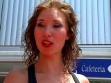 Une serveuse bonnasse se reconvertit dans la vidéo de cul